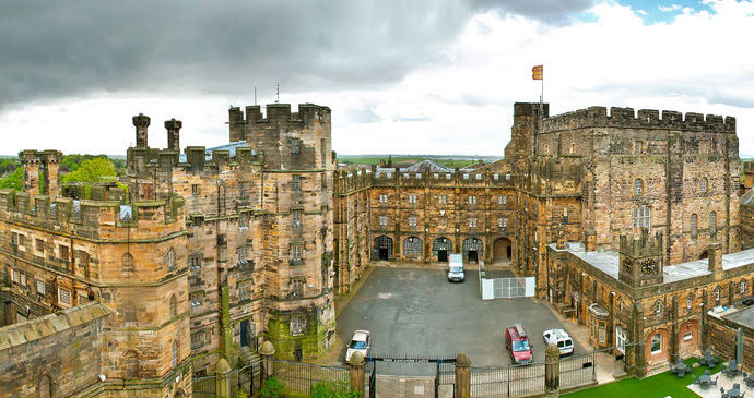 Crafty Vintage At Lancaster Castle July